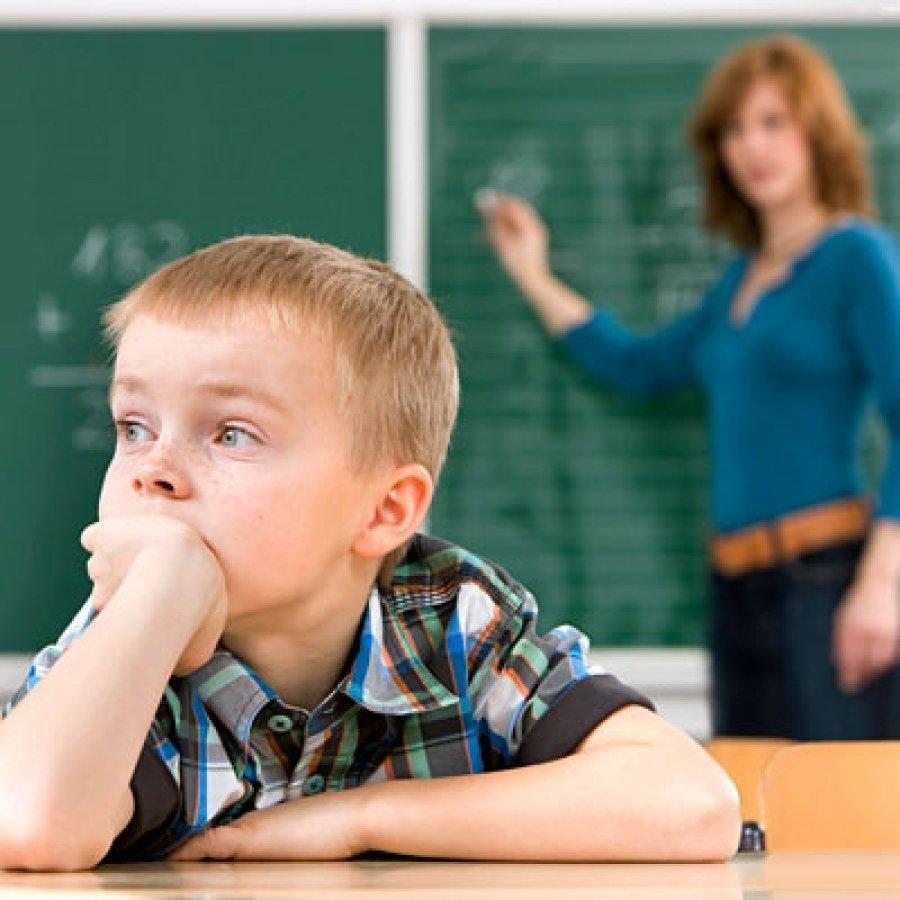 اختلال بیش فعالی و نقصان توجه روانشناسی امین زندی